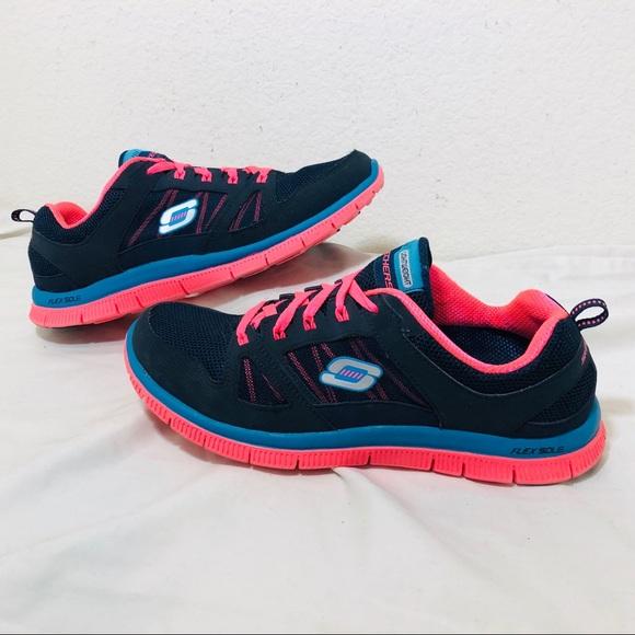 43845578061e Skechers Flex Appeal Women s Shoes. M 5c5fc3c38ad2f98e45800496